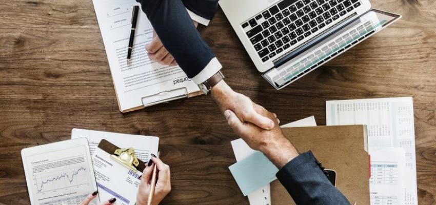 Підміна трудових відносин договорами ЦПХ