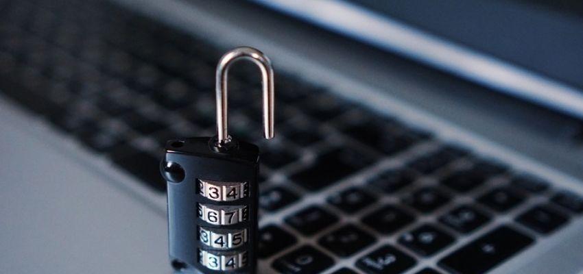 Рішення про відмову в розблокуванні ПН/РК без вичерпного переліку документів незаконні